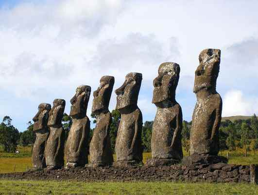 Статуи острова Пасха